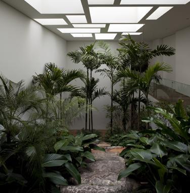 Casa gr cia de isay weinfeld referans for Cascata da interno