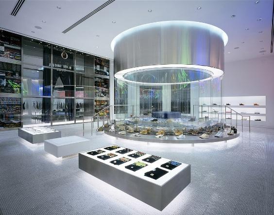 Famous Japanese Shoe Store